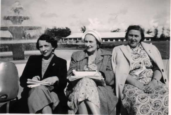 Dorothie Daisy and Yvonne in 1950