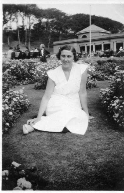 yvonne 1935